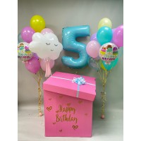 Коробка с шарами на день рождения с цифрой, шаром-облачком и фонтанами