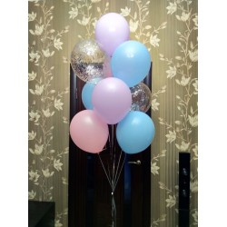 Розово-голубой фонтан с шарами с конфетти