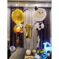 Фигурки Снеговика и Оленя из больших шаров с гелием и золотая цифра