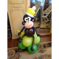 Воздушная обезьяна из шаров