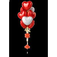 Фонтан из шаров-сердечек