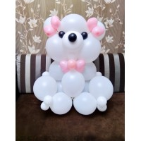 Белый мишка из шаров