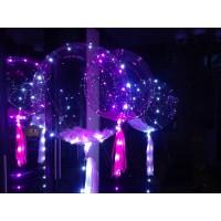 Гелиевые прозрачные шары с перьями на светодиодной ленте