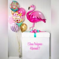 Коробка с фламинго
