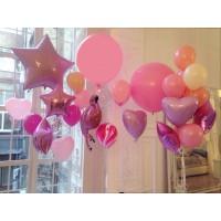 Фотозона из шаров в розовых оттенках