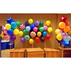 Фотозона с шарами-конфетками