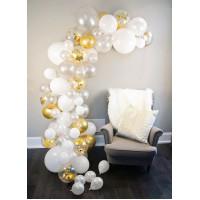 Разнокалиберная бело-золотая гирлянда с белыми напольными маленькими шарами