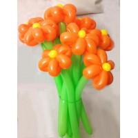 Букет из 10 оранжевых ромашек