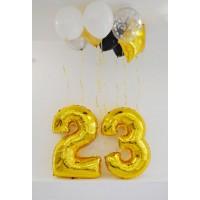 Оформление из цифр 23 и шаров под потолок
