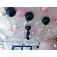 Оформление из 22 шаров под потолок в черных, розовых и серебристых тонах