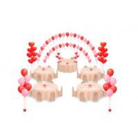 Оформление шарами в красно-розовой гамме с двойной аркой и шарами в виде сердец