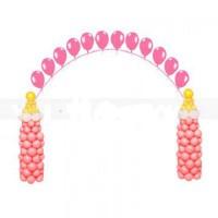 Арка розовая на выписку с бутылочками из шаров
