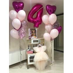 Сет из цифры и связок шаров с фольгированными сердцами в бело-розовых тонах на день рождения девочке