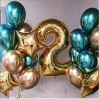 Сет с цифрой и двумя связками с фольгированными звездами в зелено-золотых тонах на день рождения