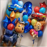 """Сет с цифрой, """"ходячим"""" и фигурным фольгированными шарами """"Щенячий патруль"""", фигурными фольгированными шарами """"Тачки"""" и связками с фольгированными звездами в красно-синих тонах на день рождения ребенку"""