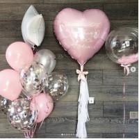 Сет из большого фольгированного сердца с метрикой на ленте тассел, баблс с надписью и фонтана с фольгированным сердцем в серо-розовых тонах на выписку девочки из роддома