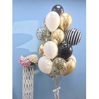 Связка из шаров с фольгированным кругом с полосатым узором в черно-белых и золотых тонах